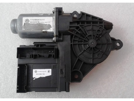 motorek stahování oken levý přední Octavia 2 5K0959793
