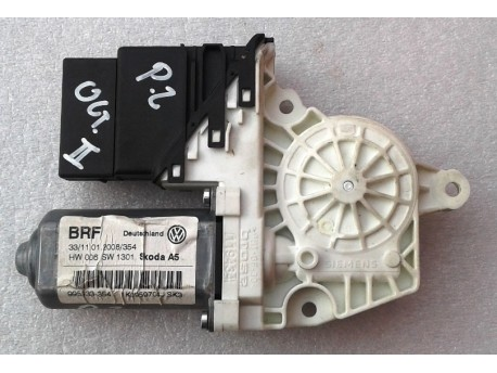 motorek stahování oken pravý zadní Octavia 2 1K0959704J