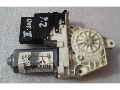 motorek stahování oken pravý zadní Octavia 2 1K0959704E